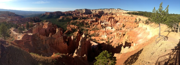 Bryce Canyon National Park hoodoos in the morning.